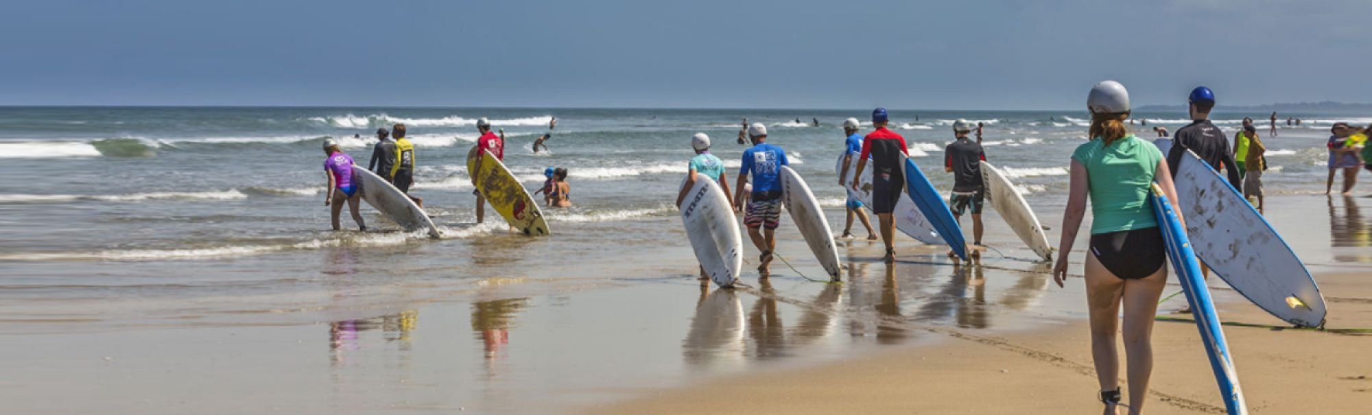 Learn to surf sumatra