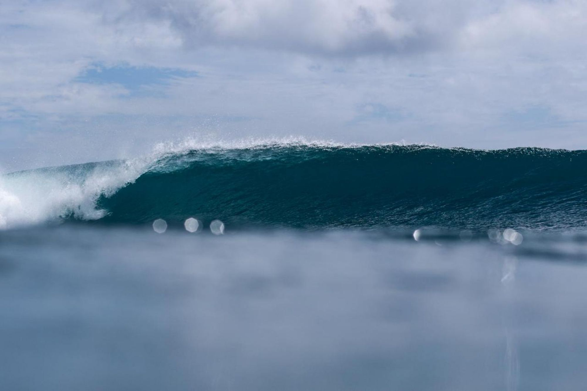 simeulue surf wave