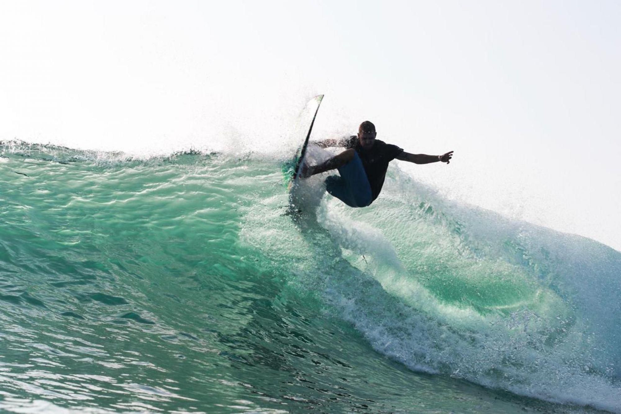 surfing mahi mahi