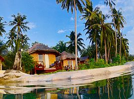 Simeulue Surf Lodges -